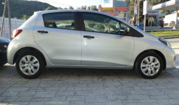 TOYOTA YARIS '15 full